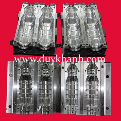 Blow mold for PP bottle